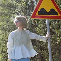 https://laukkumatka.blogspot.fi/2015/05/kaarteita-curves.html