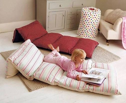 DIY Pillow Floor Cushions - HANDY DIY