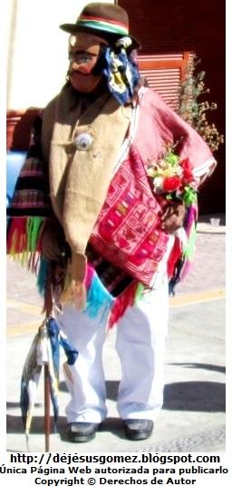 Fotos del Boliviano o Jamille (Personaje de la Tunantada). Foto del Boliviano o Jamille tomada por Jesus Gómez