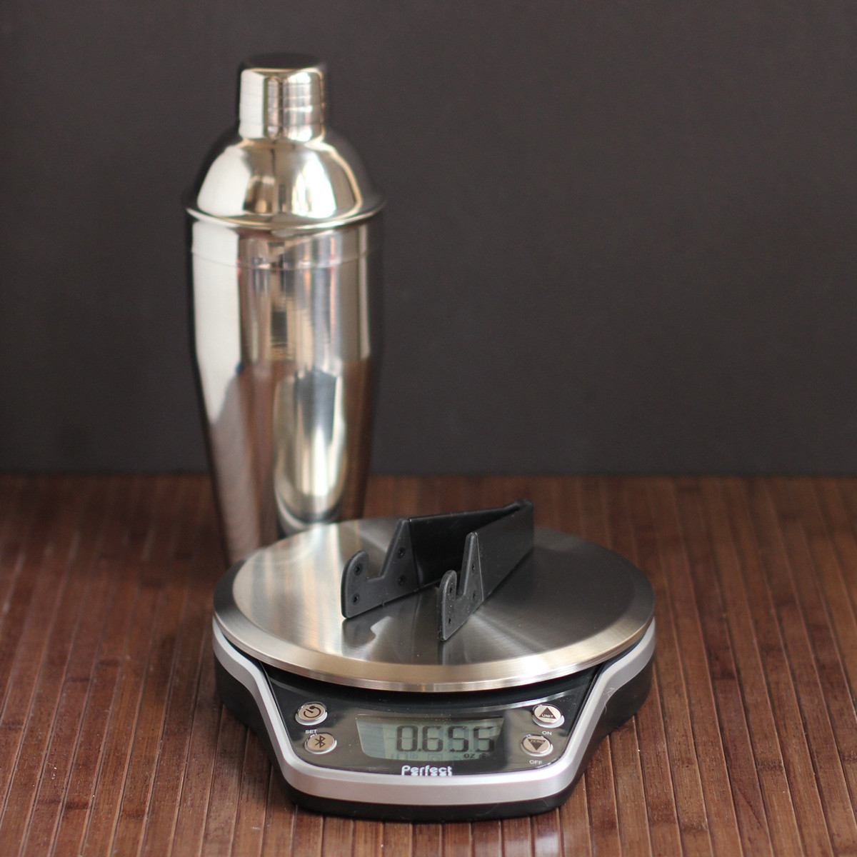 Cookistry 39 s kitchen gadget and food reviews perfect drink for Perfect drink bluetooth scale
