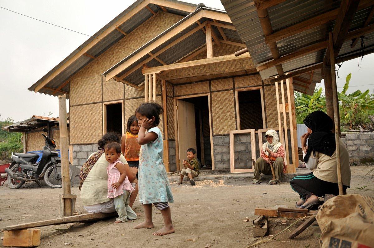 Inikah Hoax Tempo Soal Rumah Sementara Korban Gempa Lombok?