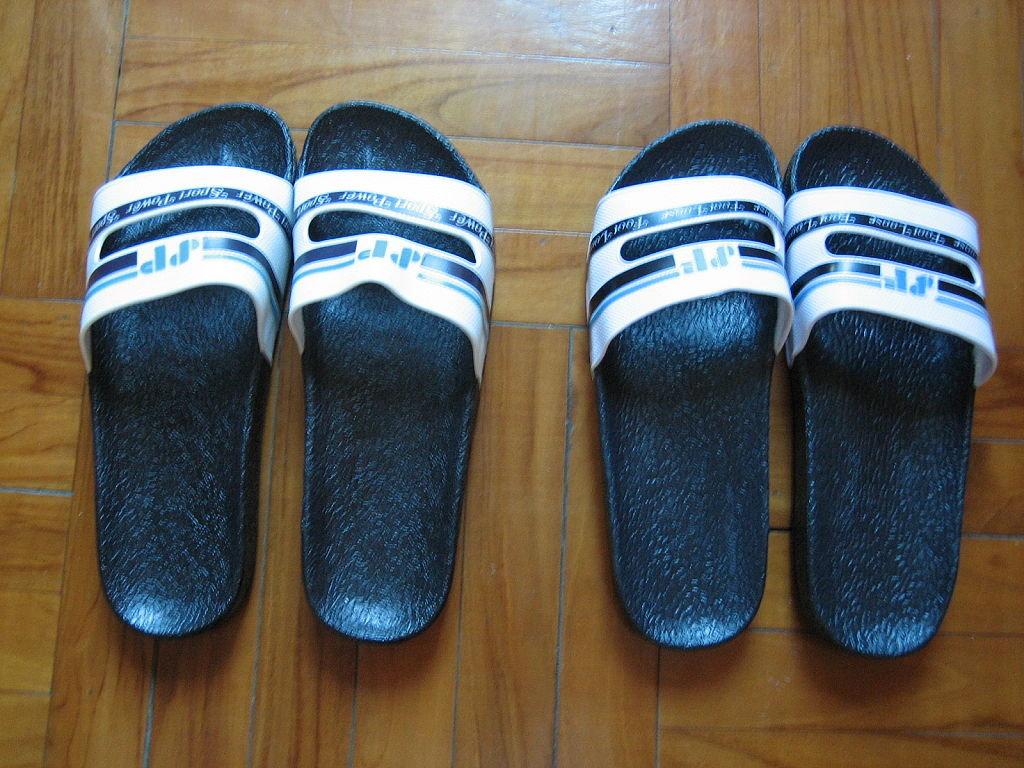 雜思講憶 雜架攤增補修訂版: 拖鞋比較