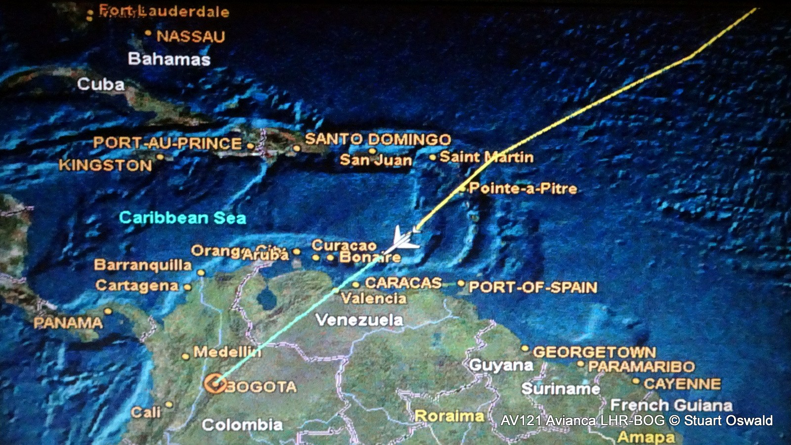 flight review flying direct from london to bogotá