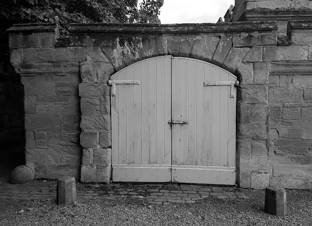 Stable doorways