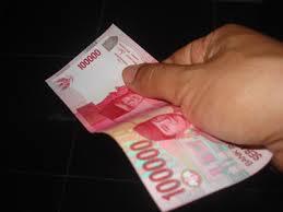 <alt img src='gambar.jpg' width='100' height='100' alt='the love money thats it '/>