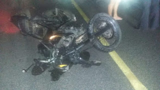 Homem morre após colidir moto contra ambulância do Samu na PB