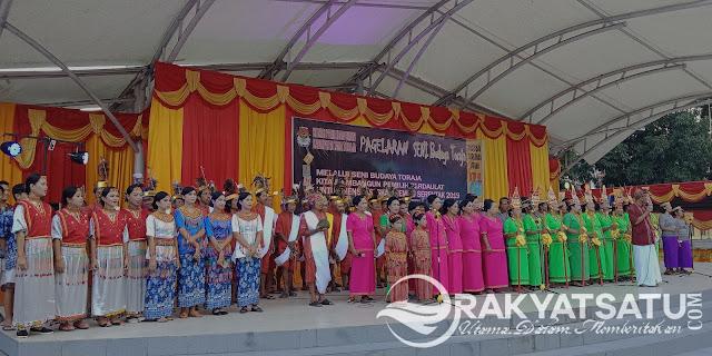 Ingin Ciptakan Damai Menuju Pilkada 2019, KPU Tana Toraja Lakukan Pagelaran Seni Budaya