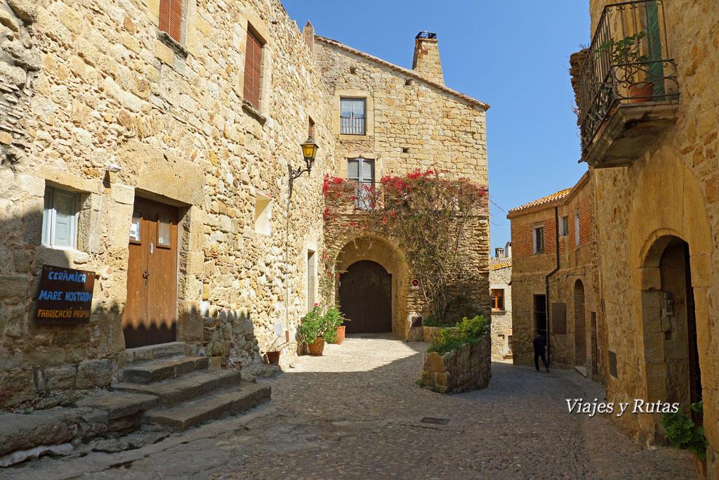 Carrer del hospital, Pals, Girona