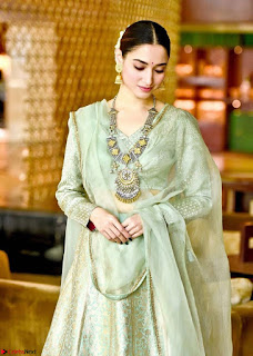 Tamannah Bhatia Stunning in Green Salwar Suit Amazing Beauty Ethnic Suit Feb 2017 02.jpg