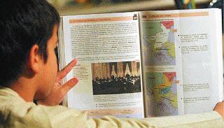 Η Ελληνική Ιστορία κακοποιείται και η εθνική συνείδηση καταργείται. Υπό διωγμό έννοιες όπως το Έθνος η Πίστη των Ελλήνων και οι οικογένεια.