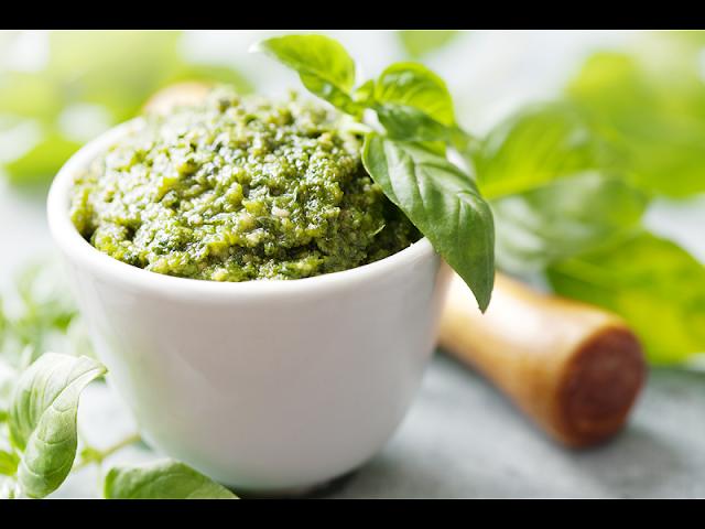 Molho Pesto para Saladas e Massas