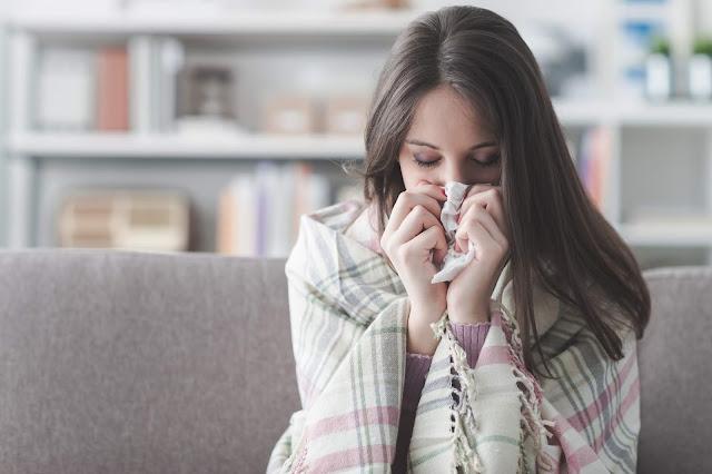 Você pode tratar um resfriado com um banho de desintoxicação?