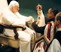 Aprobación pontificia de los Heraldos del Evangelio por Juan Pablo II