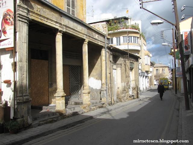 Греческая Никосия - узкие улочки