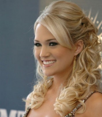 Dewi Image: Casual Long Curly Hairstyles