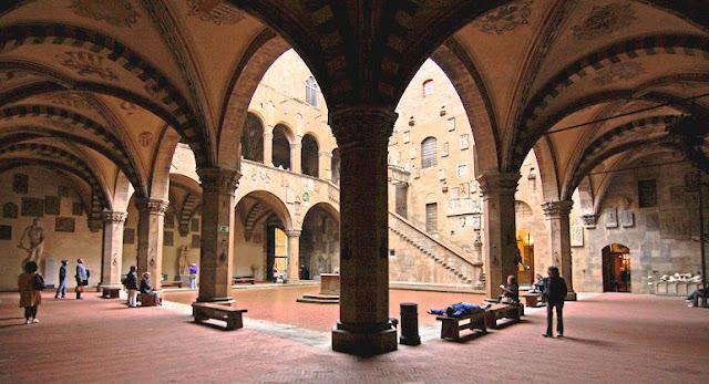 Museu Nacional do Bargello em Florença