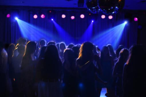 Psico l gicas reus y fiestas la vida social adolescente - Ideas para discotecas ...