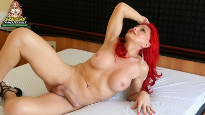 Brazilian-transsexuals – Naughty Redhead Alexia Dchamps!