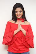 shriya sharma latest glam pics-thumbnail-1