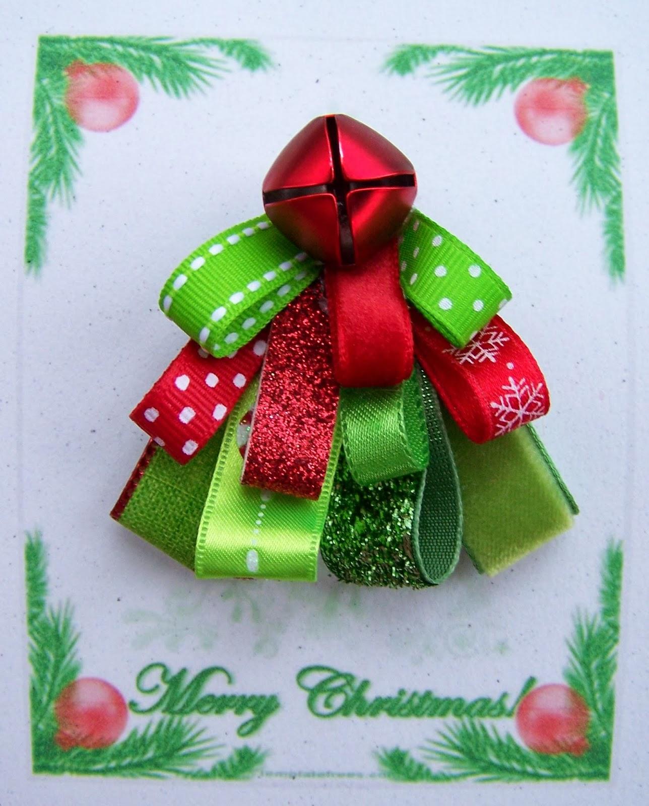 Christmas Trees Ribbon: The Momoo: Ribbon Christmas Tree Pins
