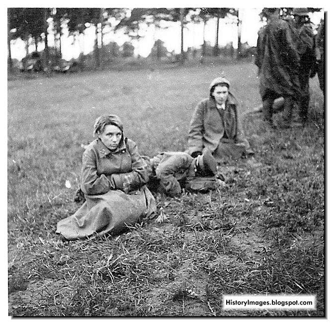 Women Red Army soldiers captured