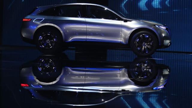 Mercedes desafía a Tesla, lanzará su primer auto eléctrico en 2019
