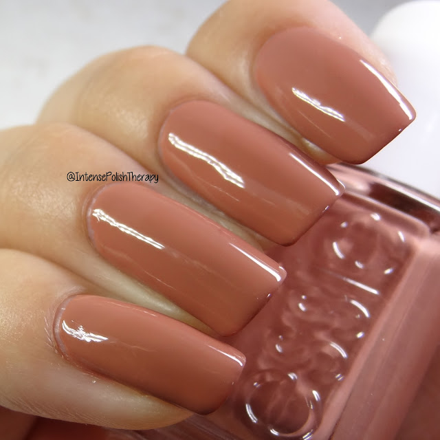 Essie - Suit & Tied