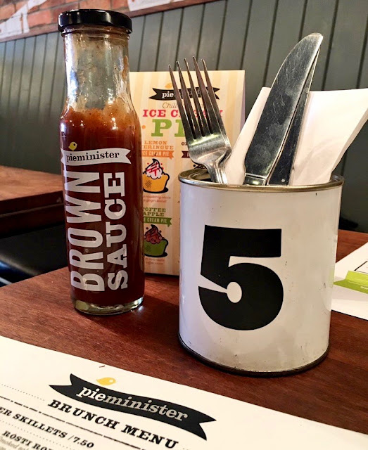 Pieminister brown sauce