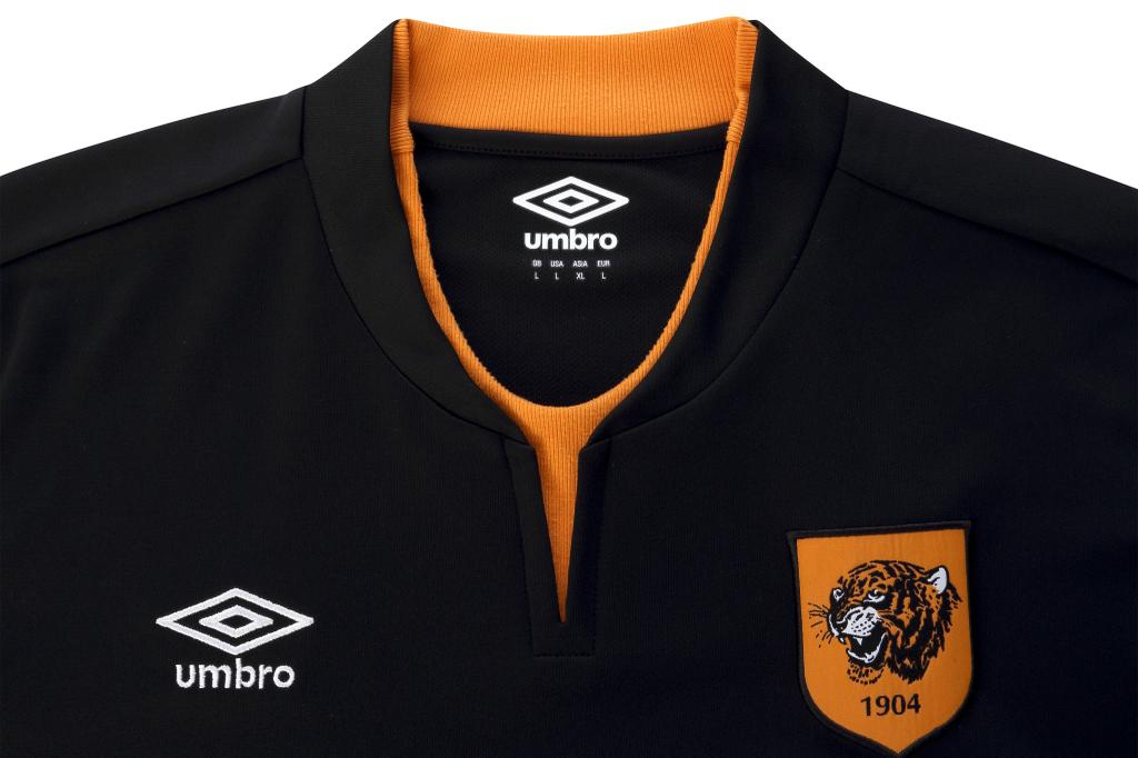 3cccadac89 The Umbro writing is also featured on both sleeves of the new Hull City 2014 -15 Away Kit.