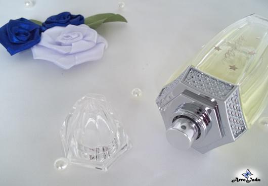 Detalhes do Astería perfume floral frutal