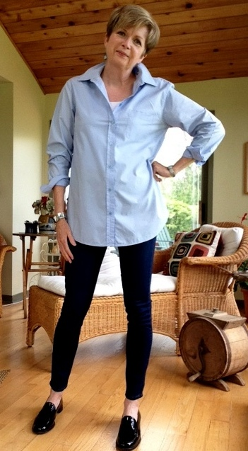 Blue cotton Equipment shirt, Paige high-rise skinny jeans, black Stuart Weitzman loafers