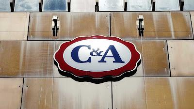 Website famoso afirma que funcionários da C&A comercializam dados bancários de clientes