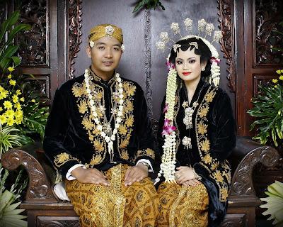 Image result for pernikahan Adat Jawa