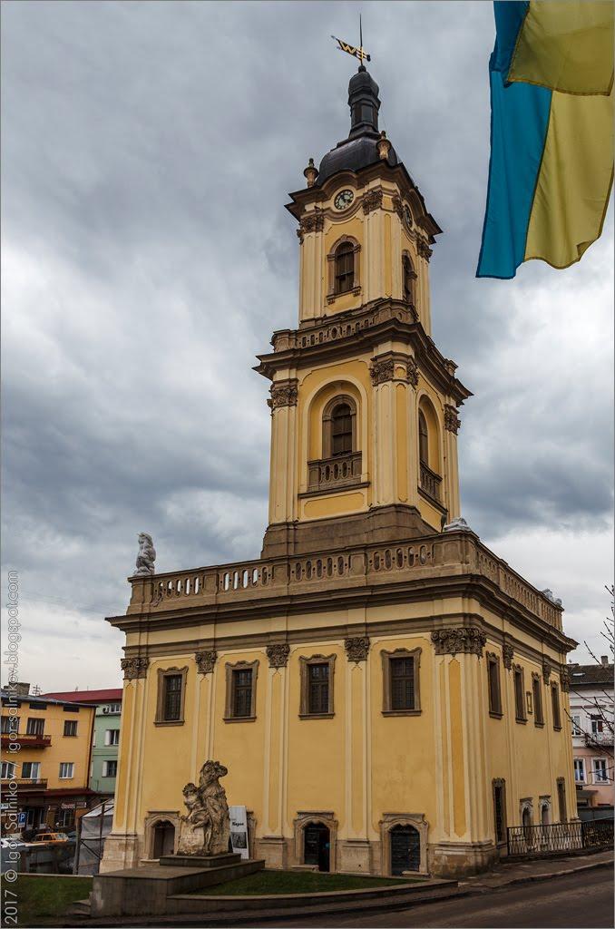 Бучач ратуша Тернополь область