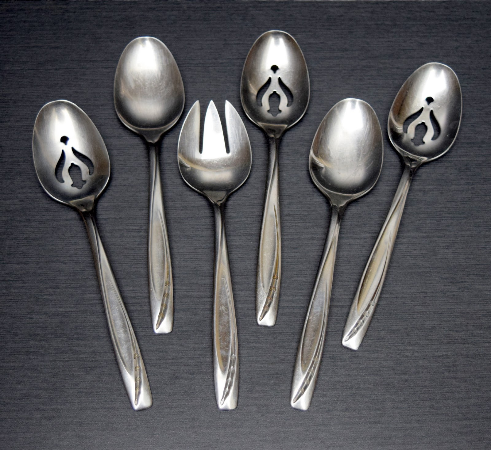 Flippin flatware the recycleista adventures in thrift oh and by the way ive been playing around with backgrounds for my flatware listings most of the time i use this dark one its a leftover piece of aloadofball Choice Image