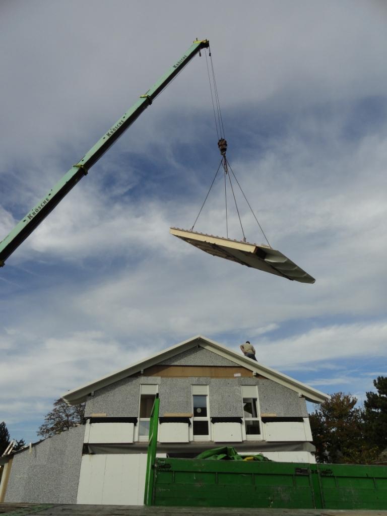 wir bauen die rebstock allee mit gussek dach ist drauf. Black Bedroom Furniture Sets. Home Design Ideas