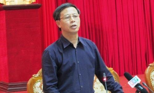 Phó giám đốc Sở Tài nguyên và Môi trường Nguyễn Hữu Nghĩa