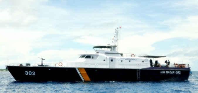 Diduga kepala KPLP Kelas 2 Tual, Elwin Refindo melakukan penyelewengan dan penyalahgunaan BBM di daerah Tual,tepatnya dikawasan KPLP kelas 2 Tual.