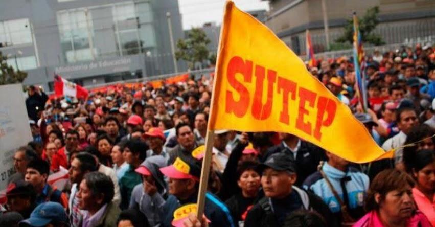 25 colegios de Chimbote se sumarán a huelga de docentes a nivel nacional