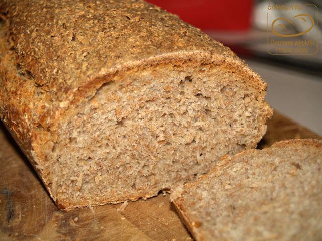 Chleb na zakwasie z mąką owsianą
