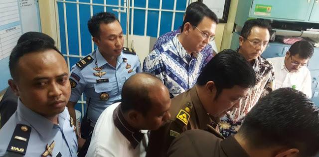 PGI Imbau Pengadilan Keluarkan Ahok Dari Penjara