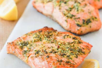 Lemon Garlic Herb Salmon