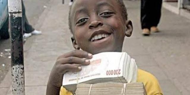 Di Zimbabwe, uang 100 miliar hanya bisa untuk beli 3 butir telur
