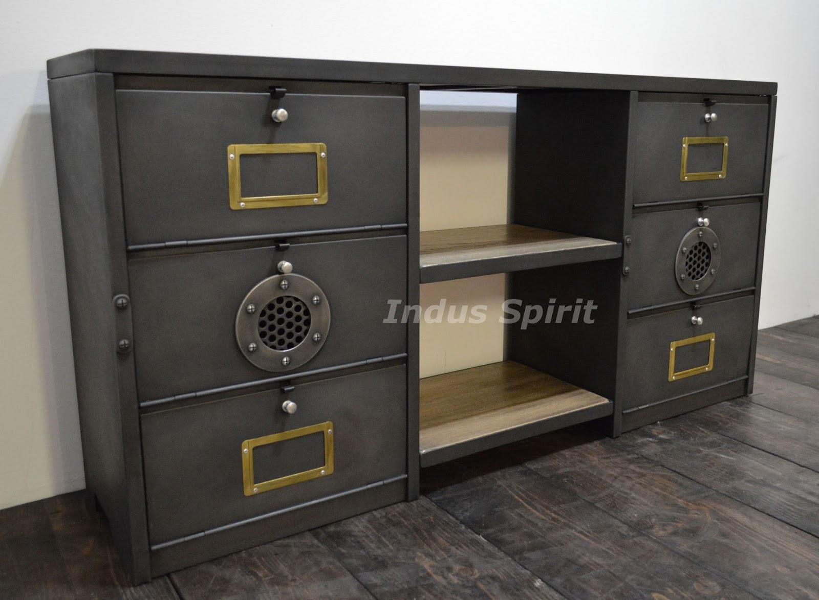 enfilade industrielle. Black Bedroom Furniture Sets. Home Design Ideas