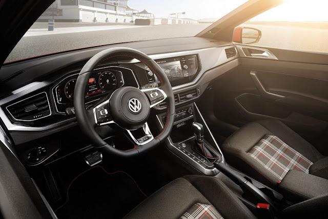 Novo VW Polo 2018 GTI - interior
