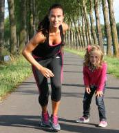 Lisette rent voor haar dochter
