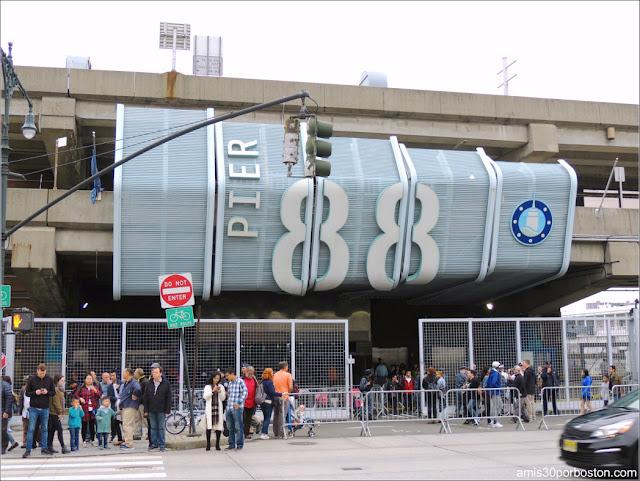 Pier 88 de la Terminal de Cruceros de Manhattan durante la Fleet Week de Nueva York