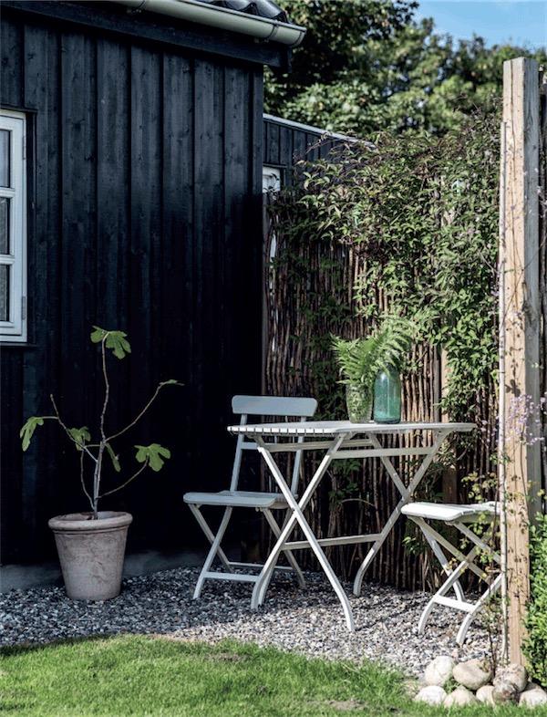 mesa y sillas exterior chicanddeco