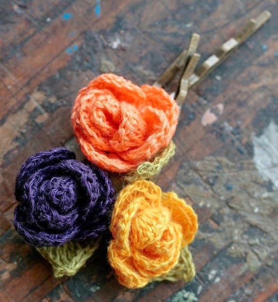 https://www.etsy.com/listing/110360615/linen-flower-hairpins-set-of-3?ref=favs_view_2