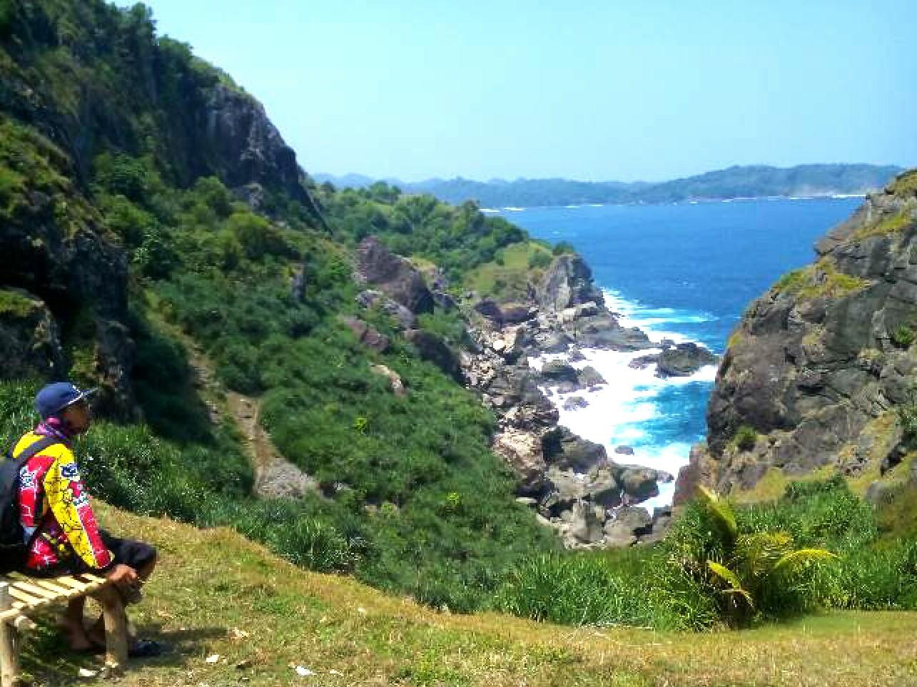 Rute Menuju Pantai Bukit Pengilon Gunungkidul Yogyakarta